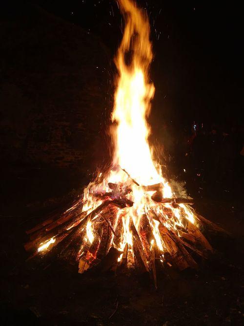 Flame Burning Heat - Temperature Night No People Bonfire Outdoors Illuminated Close-up