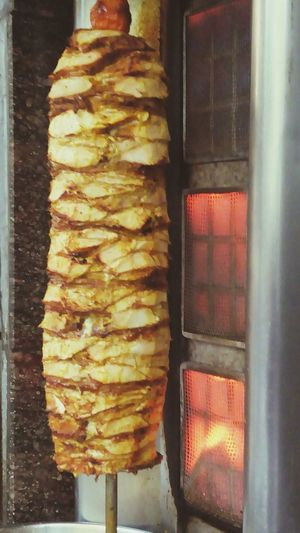 Street Food Shawarma Middle East Tastyfood Finger Lickin' Good Chicken Roll Slow Cooking Delicious Food Around The World Street Food Worldwide