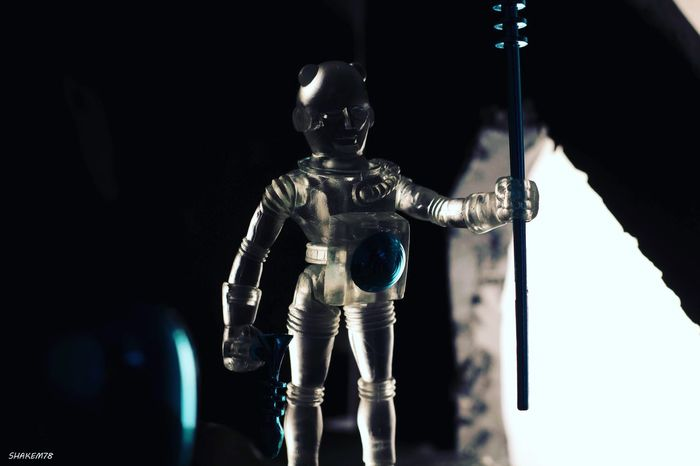 My outer spaceman 😁🙏🏻 this simple yet basic figure has so much style behind him. I'm really digging these now. Plasticcrack Toy Photography Photography Outerspace Alien Toys Darkroom Toyaddict