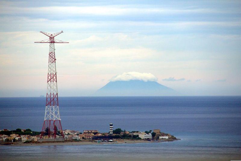 Reggio Calabria lo Stretto e Stromboli ? Islands Volcano Stromboli Sea Trellis Clouds And Sky Lighthouse Stretto Di Messina ReggioCalabria