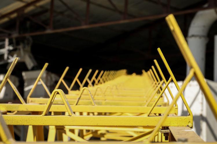 conveyor belt Conveyor Belt Yellow Machinery Nining Transportation Construction New Metal Iron Heavy Industry Close-up