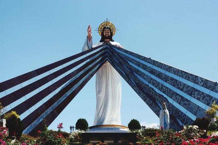 Faith Christianity Divine Mercy Shrine Cagayan De Oro City Statue Architecture