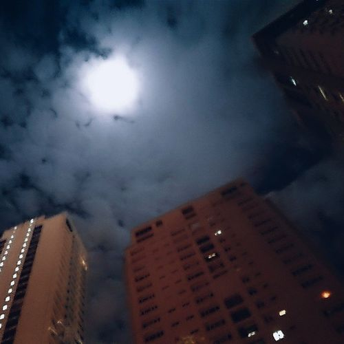 As for tonight Xperialowlight Gino 'sbrickovenpizza Spotlight Afterwork Beyondthedyinglight . Bestplaceforpizzainmakati4 .9/52 -2,2-1 SMEGG Biancaverde thanks @cristinevienna
