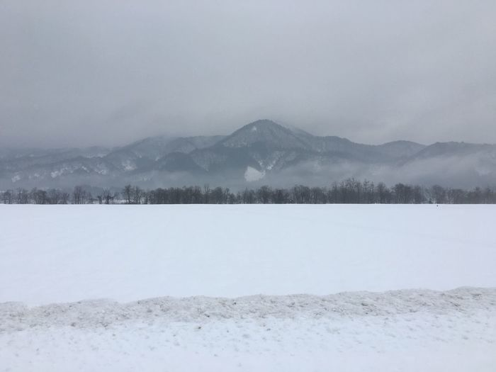 秋田県湯沢市。出張で来て、稲庭うどんをご馳走になりました(^-^)❤︎ Snow Winter Cold Temperature Mountain Nature Landscape Beauty In Nature Non-urban Scene No People Hello World Business Trip No Filter, No Edit, Just Photography No Edit/no Filter No Filter Yuzawa City Akita