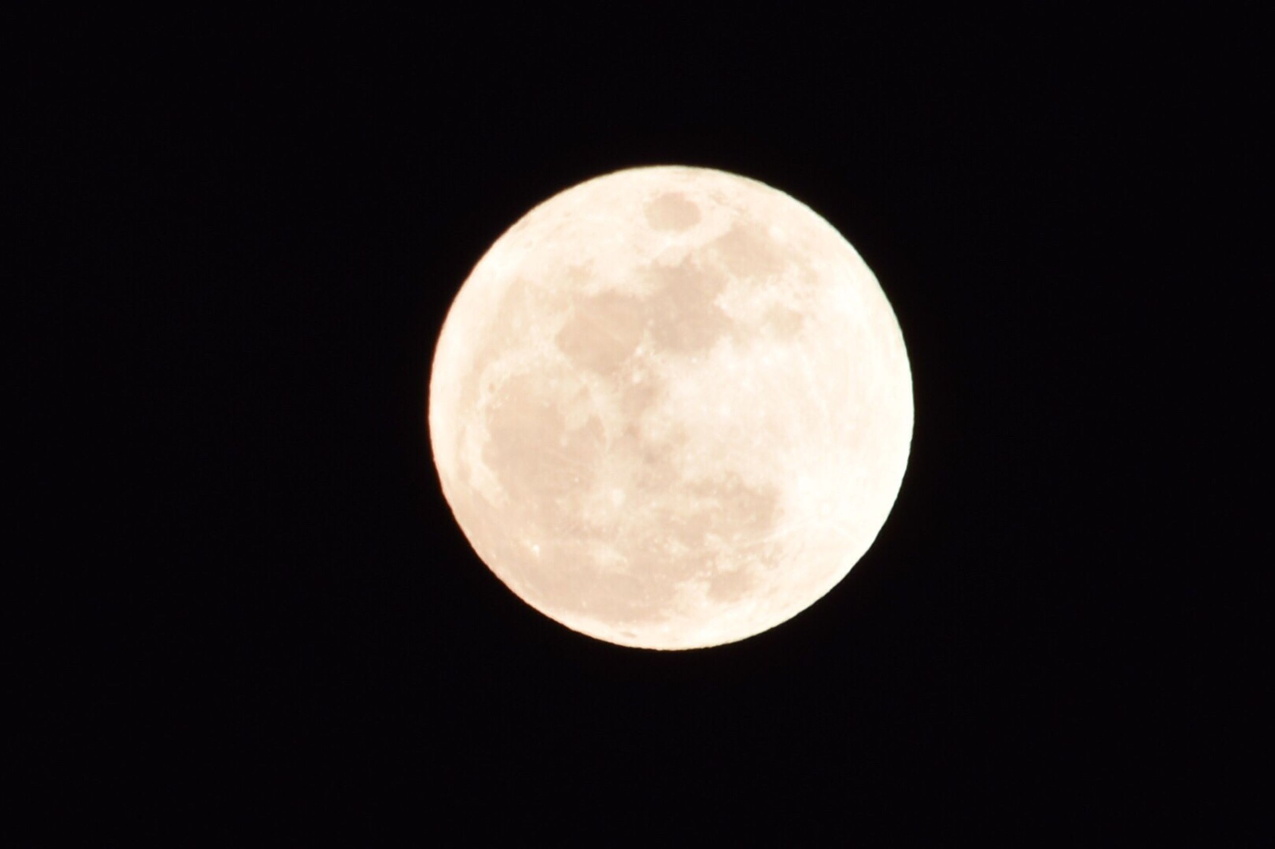 moon, night, copy space, full moon, astronomy, moon surface, nature, beauty in nature, no people, planetary moon, clear sky, low angle view, scenics, outdoors, black background, space