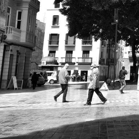 Street Photography Streetphotography Streetphotography_bw Streetphoto_bw Blackandwhitephotography Bnw_worldwide Monochromatic Blackandwhite EyeEm Best Shots Black & White Black&white Monochrome Monochrome_life Blackandwhite Photography