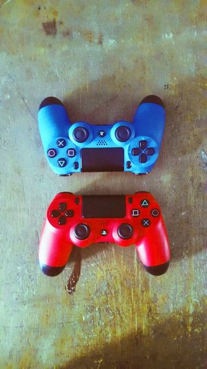 ps4 controllers PS4 Playstation Playstation 4 PlaystationNetwork Playstationgamer Indoors