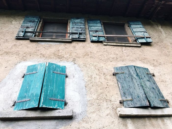 Outwithmydog Mornig Manerba Del Garda Windows No People Day Built Structure Building Exterior Architecture Nature Outdoors