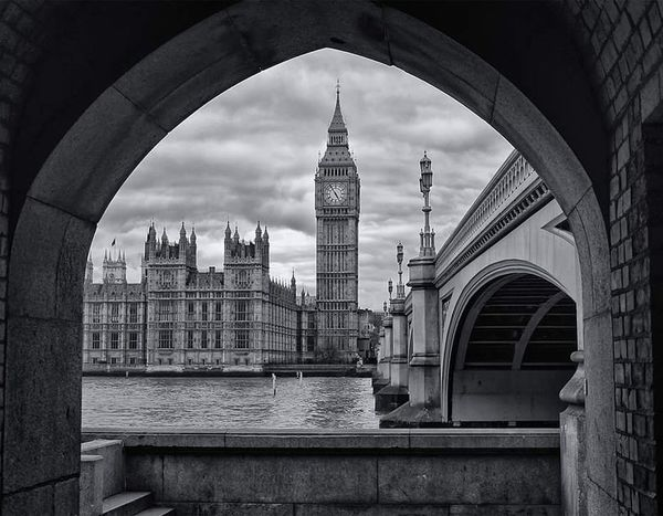 London Bigben Big Ben Elizabeth Tower Westminster Westminster Bridge England Great Britain United Kingdom Architecture Ciryscape Black And White Thamse Tourism Clouds City Of Westminster Popular Photos Eye Em Black & White Fine Art Photography