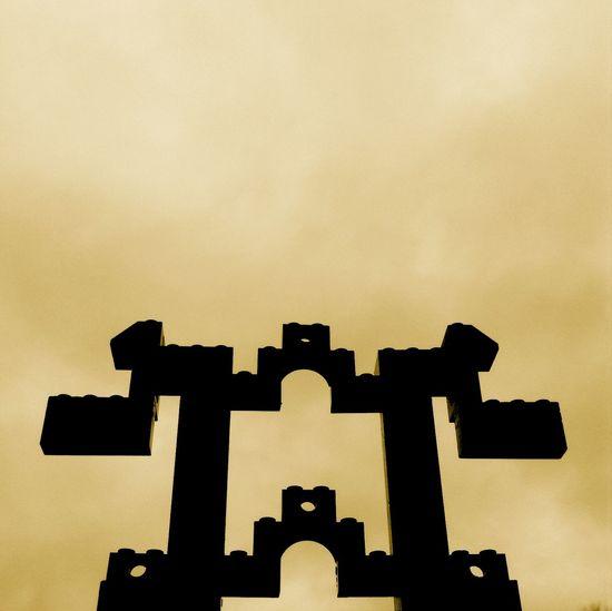 ¡ L Σ G Θ S ! Silhouette Blackandwhite Sky LEGO Gold