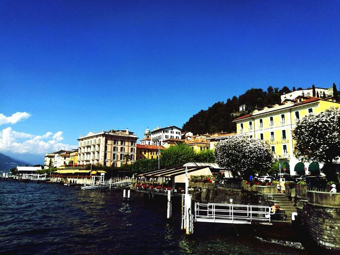 Travel Destinations Sky Water PhonePhotography Huaweiphotography HuaweiP9 Nature Flyingfeelingphotography Traveling Bellagio Italy🇮🇹 Lakecomo Photos Memories Throwback Summer Travelphotography Europe