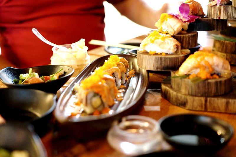 Korean Food EyeEm Selects Dim Sum Dumpling  Steamed  City Stuffed Appetizer Chinese Food Deep Fried  Plate Sashimi  Sushi Salmon