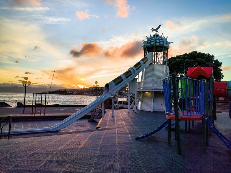 Sunrise at wellington harbour Hanging Out Check This Out 6pphotography Nexus6P Sunrise_Collection Playground Sunrise Colors Sunriselovers Taking Photos Positivity Color Explosion