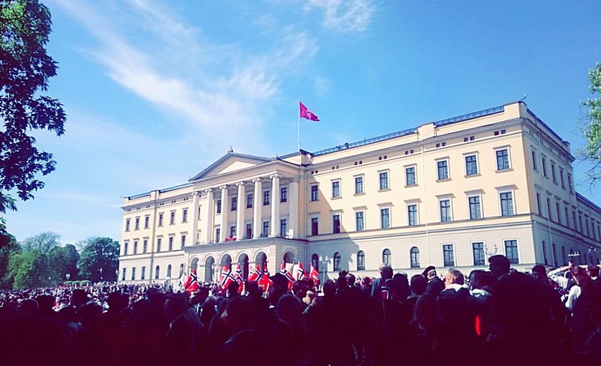 17mai Nationalday Norway 17.mai Nationalday Norway Norway🇳🇴 Flags Norwegian Celebration Castle Royalcastle Oslo Hurra 🎉🇳🇴
