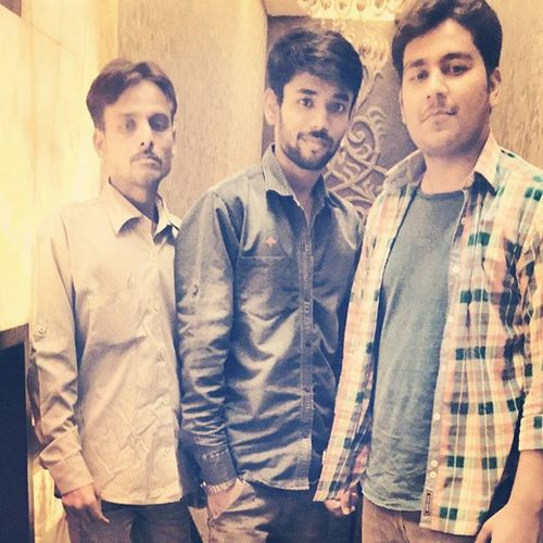 Weekend Fun Masti Lucknow Royalsky Hukka