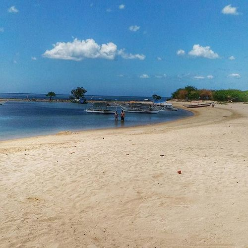 Unwinding and unplugging from the urban life. Beach Beachlife Philippines Travel Burotbeach Calatagan Batangas Mobilephotography