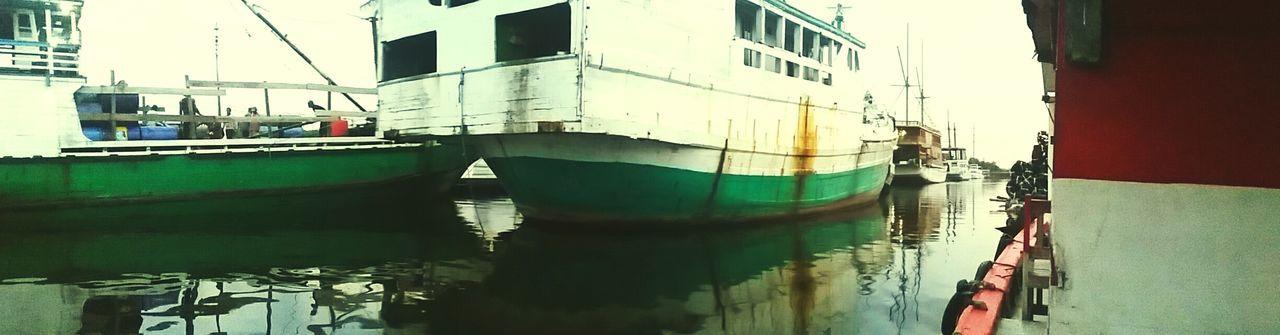 Tanjung Emas Harbour View Shipping  Outdoors INDONESIA Mobilephotography Samsung E5 Camera
