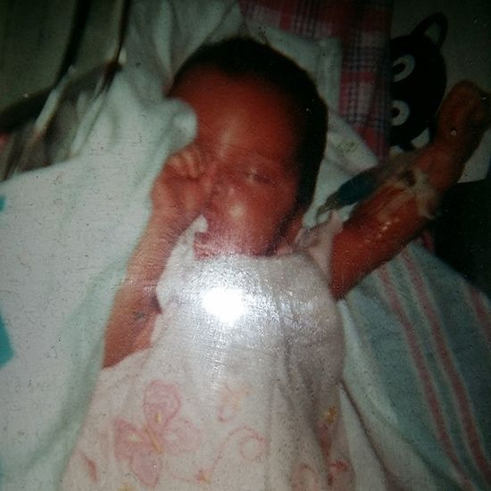 TBT  04/12/06 my Renna was 4 lbs 5oz. Mommysmiracle