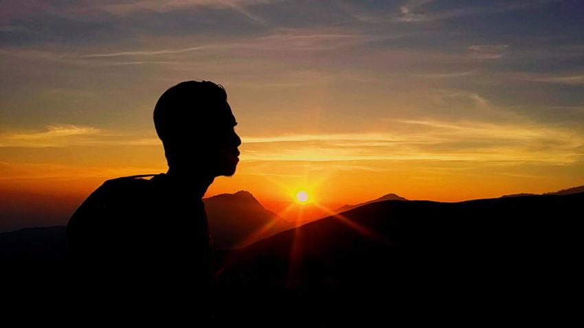 When the sun is rising. Sunrise Nature Outdoors Mountain Hiking Lombokexplore Lombokisland
