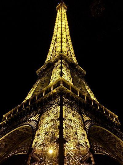 Light Eiffel