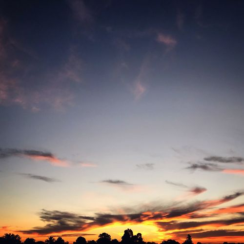 Love sunset Taking Photos EyeEm Nature Lover Sunset Sky Cloud - Sky Beauty In Nature Scenics Nature Tranquility Cloudscape Silhouette Atmospheric Mood Dramatic Sky Idyllic Low Angle View