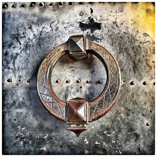 Poignée de porte du château saint ange à Rome Rome ChateauSaintAnge Close-up Rusty No People Day Outdoors Clock