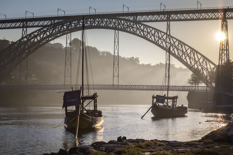 Ponte Dom Luis Porto Portugal 🇵🇹 Sunrise_Collection Arch Bridge Architecture Boat Boats And Water Bridge Bridge - Man Made Structure Built Structure Connection Engineering Mode Of Transportation Nature Nautical Vessel Outdoors River Sky Sunrise Sunrise_sunsets_aroundworld Tourism Transportation Travel Travel Destinations Water The Great Outdoors - 2018 EyeEm Awards