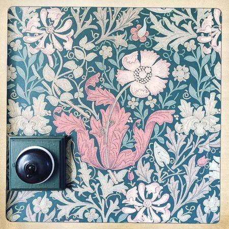 Old Buildings Old House Old Decoration Flower Flower Design In An Old Building Turn The Lights On Turn The Lights Off Wallpaper Old Wallpaper Tapete Old Interior Árbæjarsafn