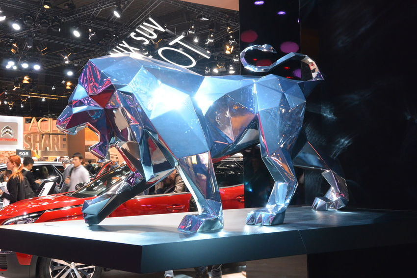 Illuminated Indoors  Lion Lion Statue Paris International Motor Show 2016 Peugeot Peugeot Lion Peugeot Logo Statue