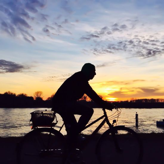 Day 66 - Cyclist/Silhouette iPhone 6 - Native Cam - Snapseed, PS Express