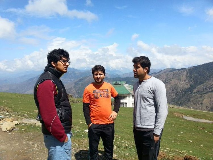 Planning trek...... Parashar Lake Temple Forest Resthouse Pwd Mountain Mandi Himachal Himalaya Snowpeak Dost Friends Ankitdogra