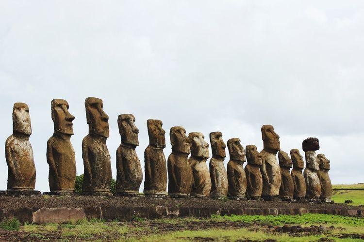 Ahu tongariki statues against sky