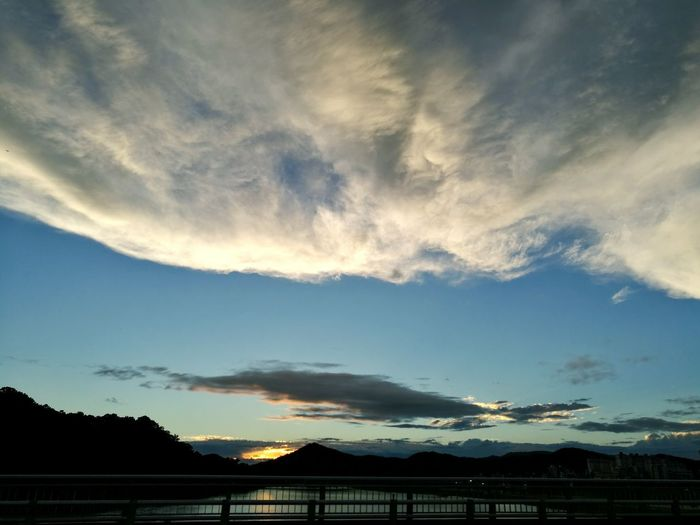 The way home After Rain Now Hometown 7 O'clock Mountain Astronomy Sunset Silhouette Sky Architecture Cloud - Sky