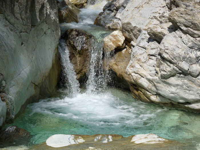 Fresh water Beauty In Nature Clear Water Energy Fresh Fresh Water Freshness Motion Mountain Water Mountain Waterfalls Nature Outdoors Power Purity Rock - Object Rocks Running Water Source Source Of Mountain Water Source Of Water Water Water And Rocks Water Source Waterfall