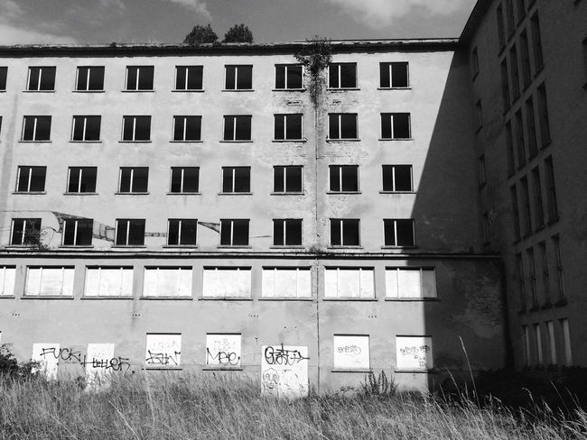 Black & White Blackandwhite Architecture_bw Urbexexplorer Prora Rügen Architecture Eyeemphoto EyeEmBestPics
