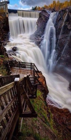 Seven Falls in Colorado Springs, Colorado 💙💙❤️❤️ Waterfall Water Very Nice 😱😱 Picture You Follow My Eye Em 💙 I Follow Back First Eyeem Photo Hello World ❤ I Love Travel Real Picture Cool Picture Amazing View Nice Places  Travel Niceview
