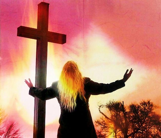 2012 im Winter Nature Cross Jesus Freedom