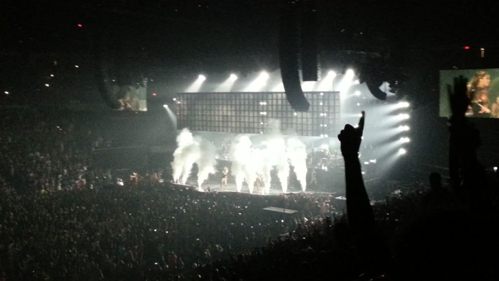 I got to see Beyonce on friday night Beyonce Beyoncé Concert Love Beyoncé Taking Pictures