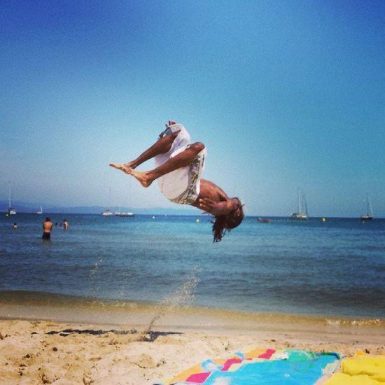 Supermonkey fly à la plage^^ Monkey Sweet Supermonkeyfly @supermonkeyfly Sun sudacrobaties