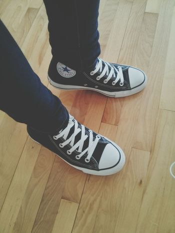 my christmas gift. Converse <3. Fashion Shoes Comfortable Converse