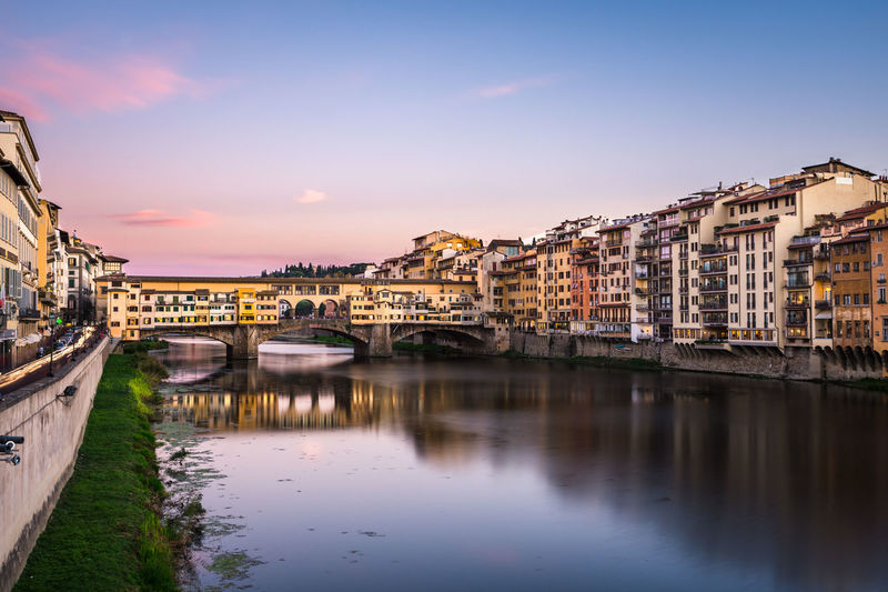 Ponte vecchio, firenze. Cityscape River City Water Outdoors No People Sky Day Bridge Old Bridge Florence Italy Florence Firenze Ponte Vecchio Fiume oFiume Arno Colori Colors Toscana Tuscany Cute Cielo Viola Panorama first eyeem photo