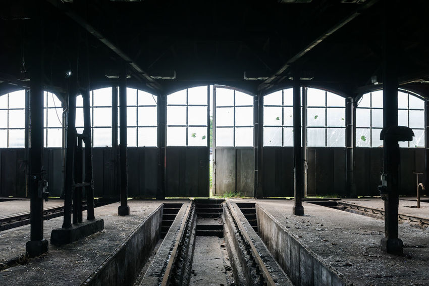 Abondoned Abondoned Places Absence Architectural Column Built Structure Deterioration Diminishing Perspective Doors Empty Engine Shed Fenster Forgotten Forgotten Places  Hall Halle  Interior Lokschuppen No People Schuppen Shed Türen Vanishing Point Windows