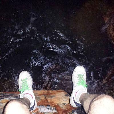 Yosoypccomponentes @pccomponentes Aquí el deporte más extremo, Parkour por la noche, en Acantilados y Rocas .