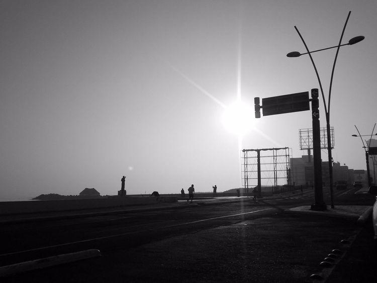 Only Men Stoplight Outdoors Full Length People Adult Sky City Adults Only Veracruz,México My Photography Eyeemphoto EyeEm Best Shots - Landscape Eyeemphotography EyeEm Best Shots Black And White Black & WhiteNight Black And White Photography Black & White Photography Boulevard
