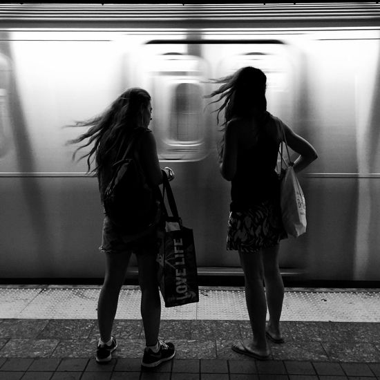 Windy My Commute New York City Everybodystreet EyeEm Best Shots - Black + White Street Photography This Week On Eyeem The Portraitist - The 2016 EyeEm Awards The Street Photographer - 2016 EyeEm Awards Streetphotography Black And White EyeEm Best Shots