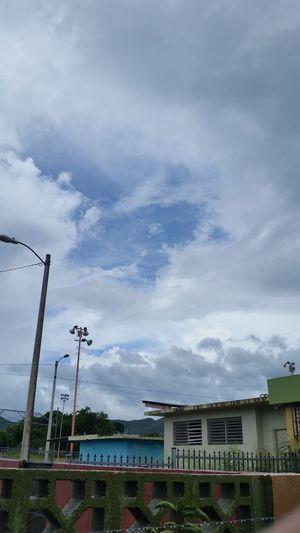 Un Poquito De Cielo Azul Dentro De La Tormenta, María
