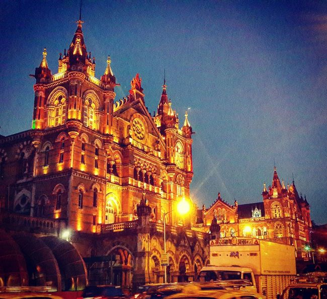 Railwaystation Beauty Redefined MumbaiDiaries Cityscapes PhonePhotography British Architecture Light In The Darkness Architectural Feature Building Exterior