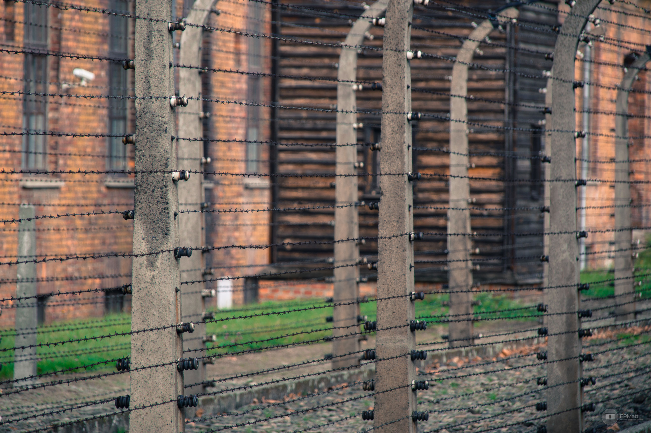 architecture, no people, building, industry, day, built structure, metal, outdoors, fence, brick wall, brick, full frame, selective focus, building exterior, protection, boundary, barrier, backgrounds, wall, safety