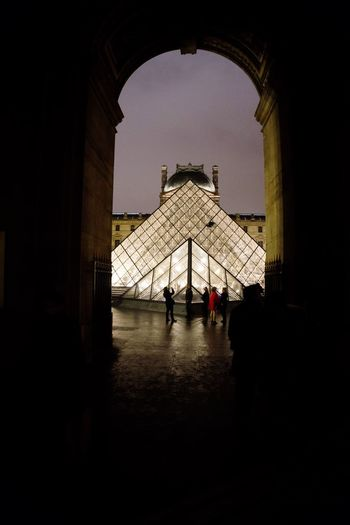 Louvre Sony A6000 Tagsforlikes World Sony Travel Destinations Traveling At Night Paris Onlysony Sony A6000 Pictures Travelblogger Lovetheworld A6000 Glass Monalisa A6000photography Pictureoftheday Paris Arch Real People Tourism Indoors  Lifestyles Entry Men Building Exterior Day People City