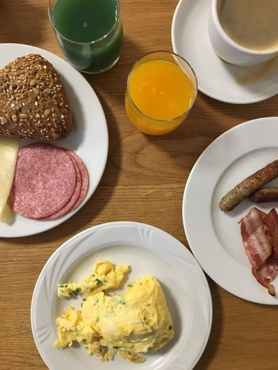 Goooood Morning! Greetings from Walsrode. Kicking the day off with this breakfast.